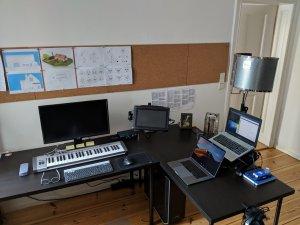 desk-workstation